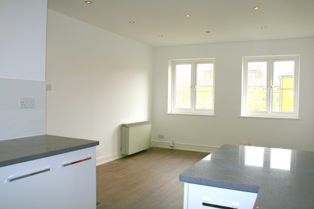 2 Bed Flat to Rent - Fuller Close, London, E2 6DX