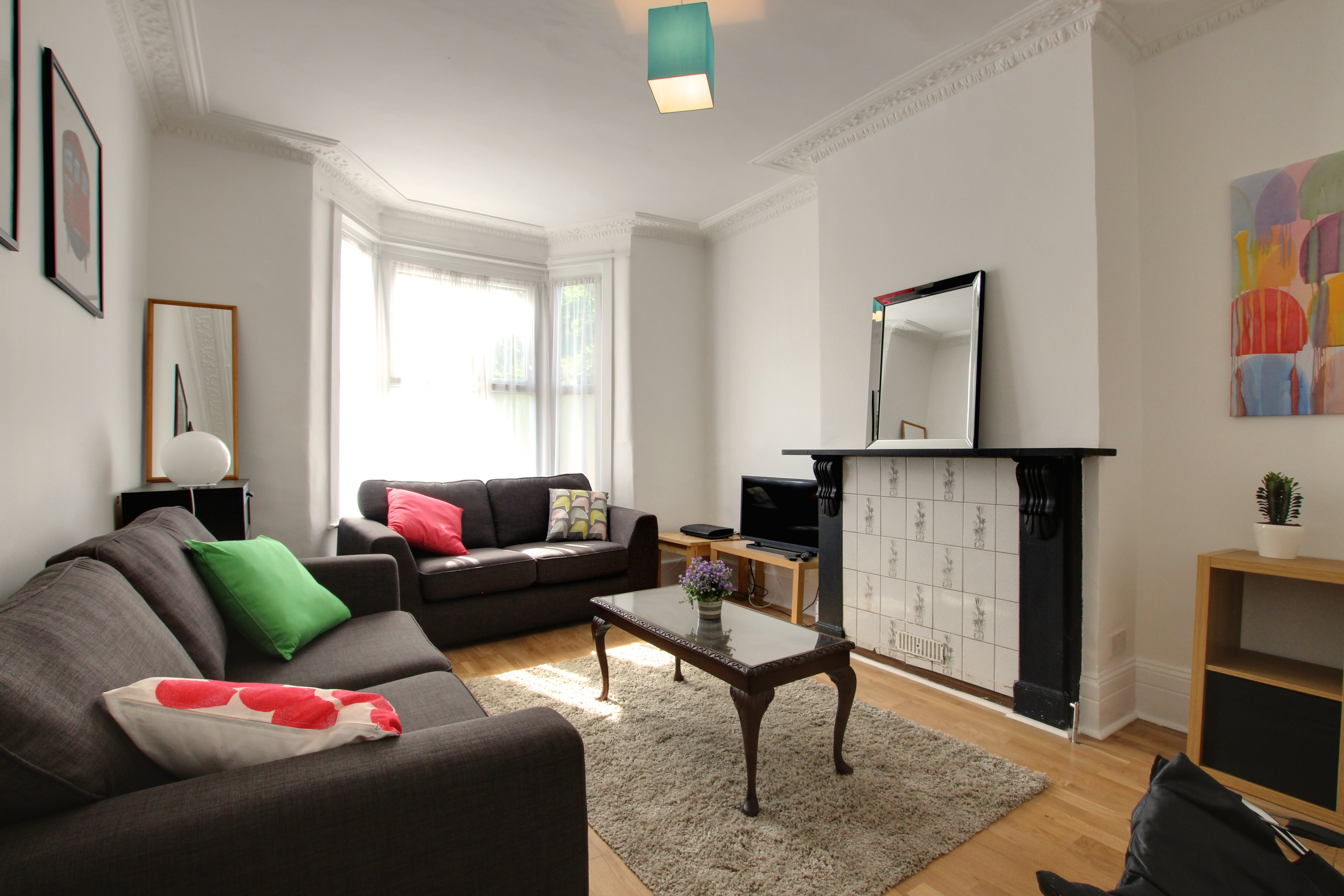 2 Bed Apartment to Rent - Hanover Road, London, N15 4DL