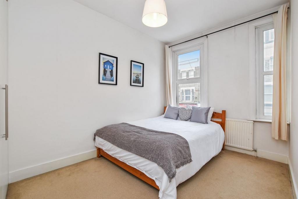 2 Bed Flat To Rent Boscombe Road Shepherds Bush London W12 9ht