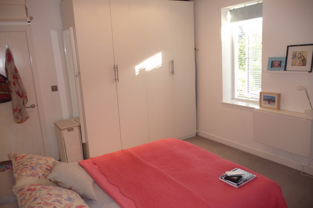 house 1 bedroom flat to rent london plastic