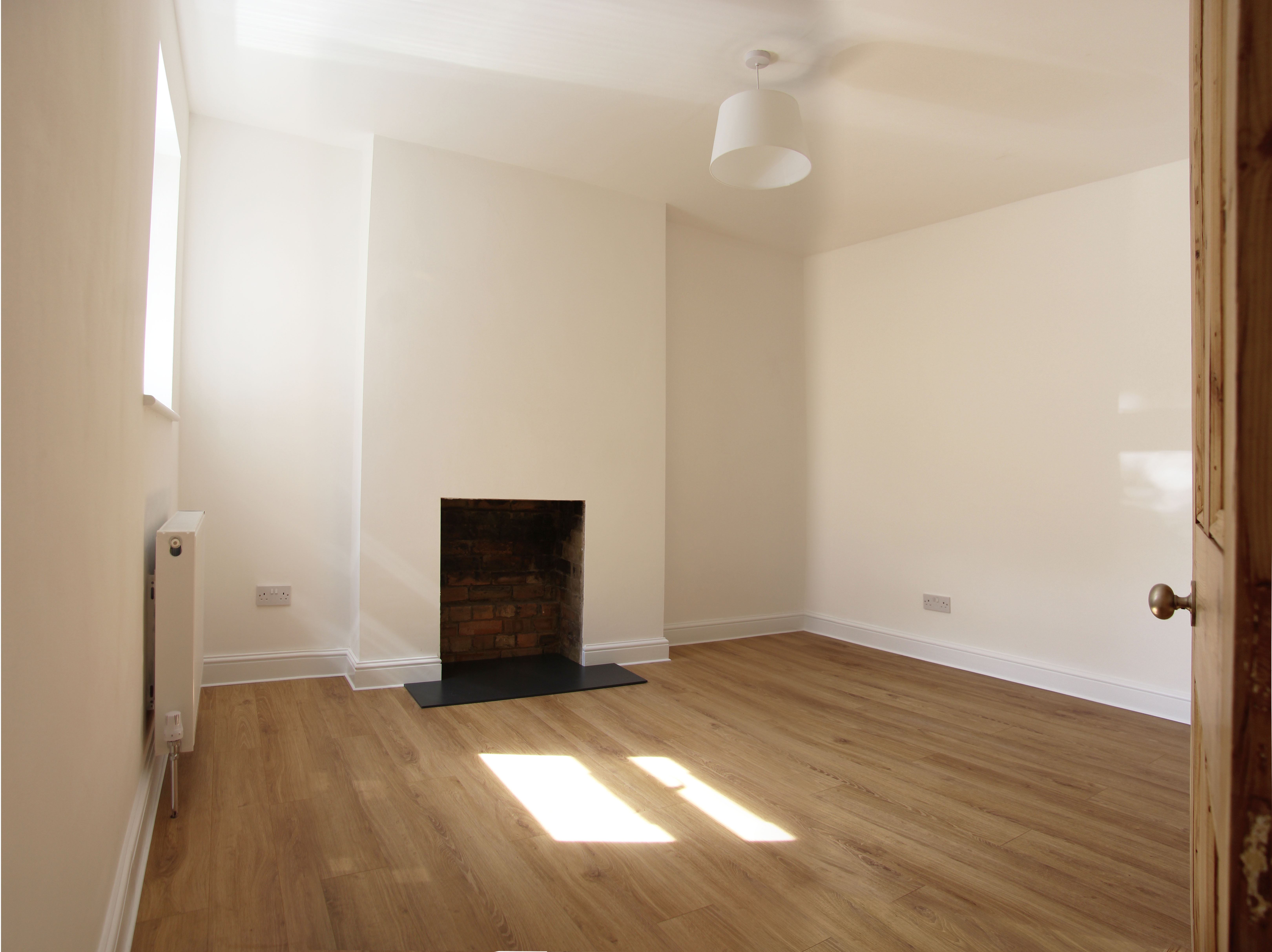 2 Bed Flat To Rent Rathcoole Avenue London N8 9na
