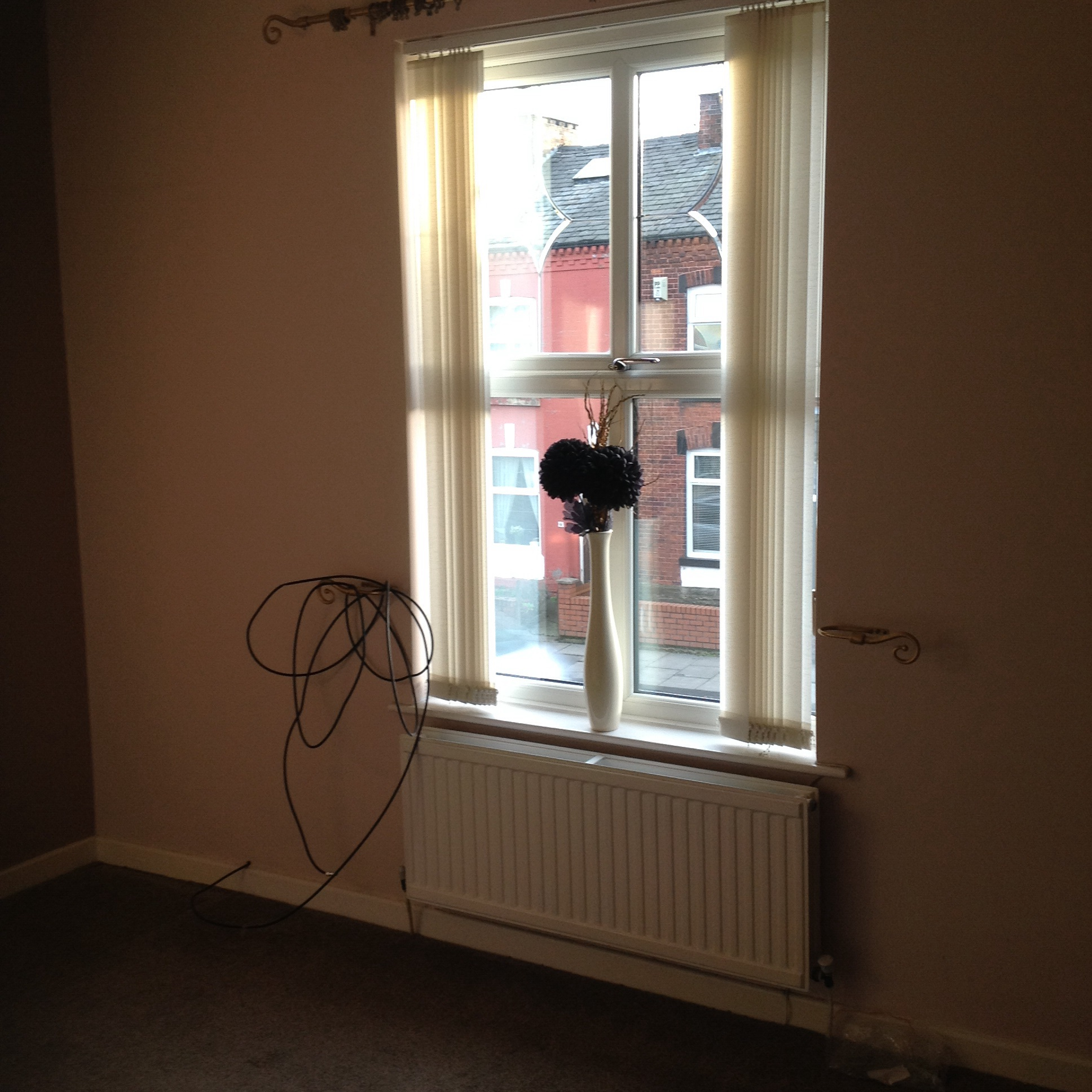 Bed House To Rent Dukinfield