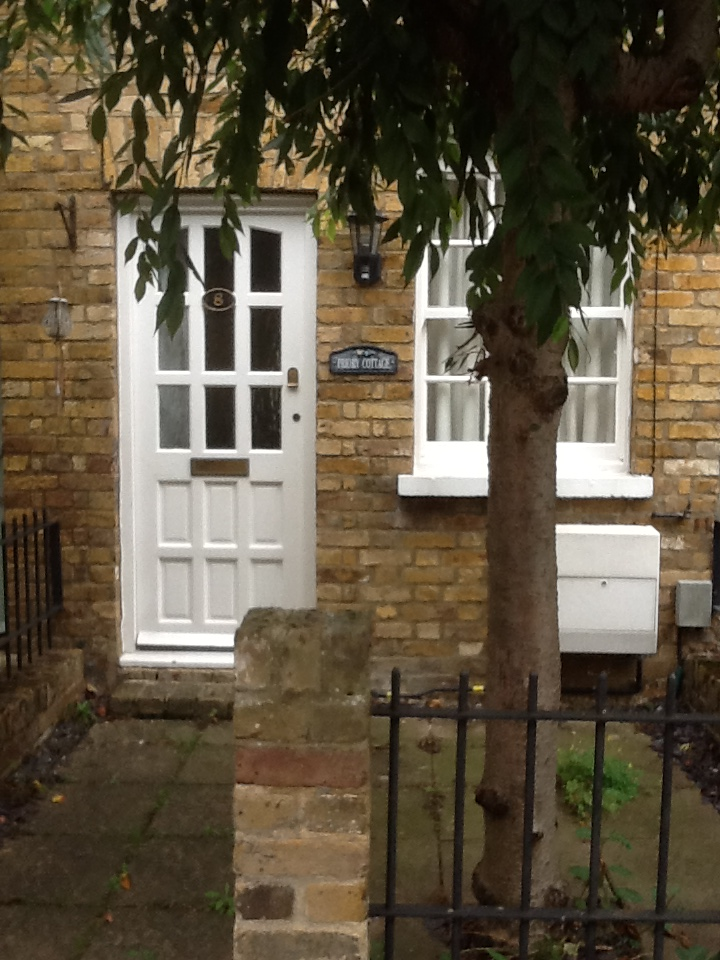 2 Bed House Terraced To Rent Priory Street Hertford