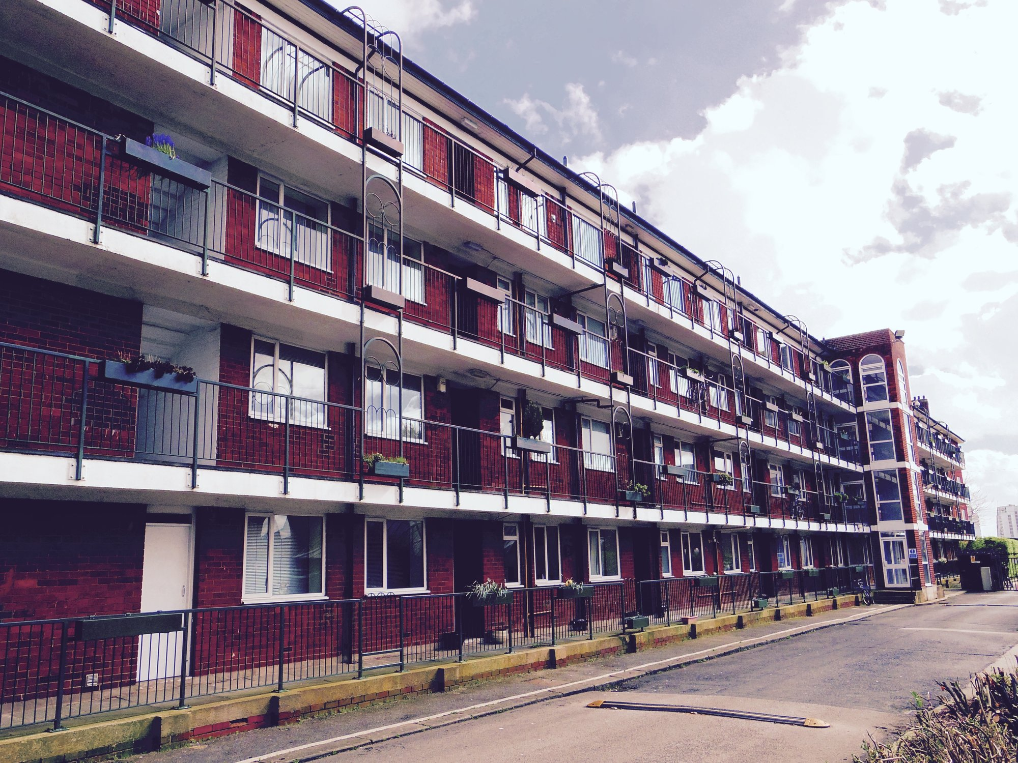 675 Credit Score >> 2 Bed Apartment to Rent - Eccles New Road, Salford, M5 4UL