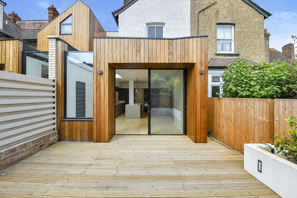 4 Bed House - Terraced to Rent - Chisholm Road, Croydon ...