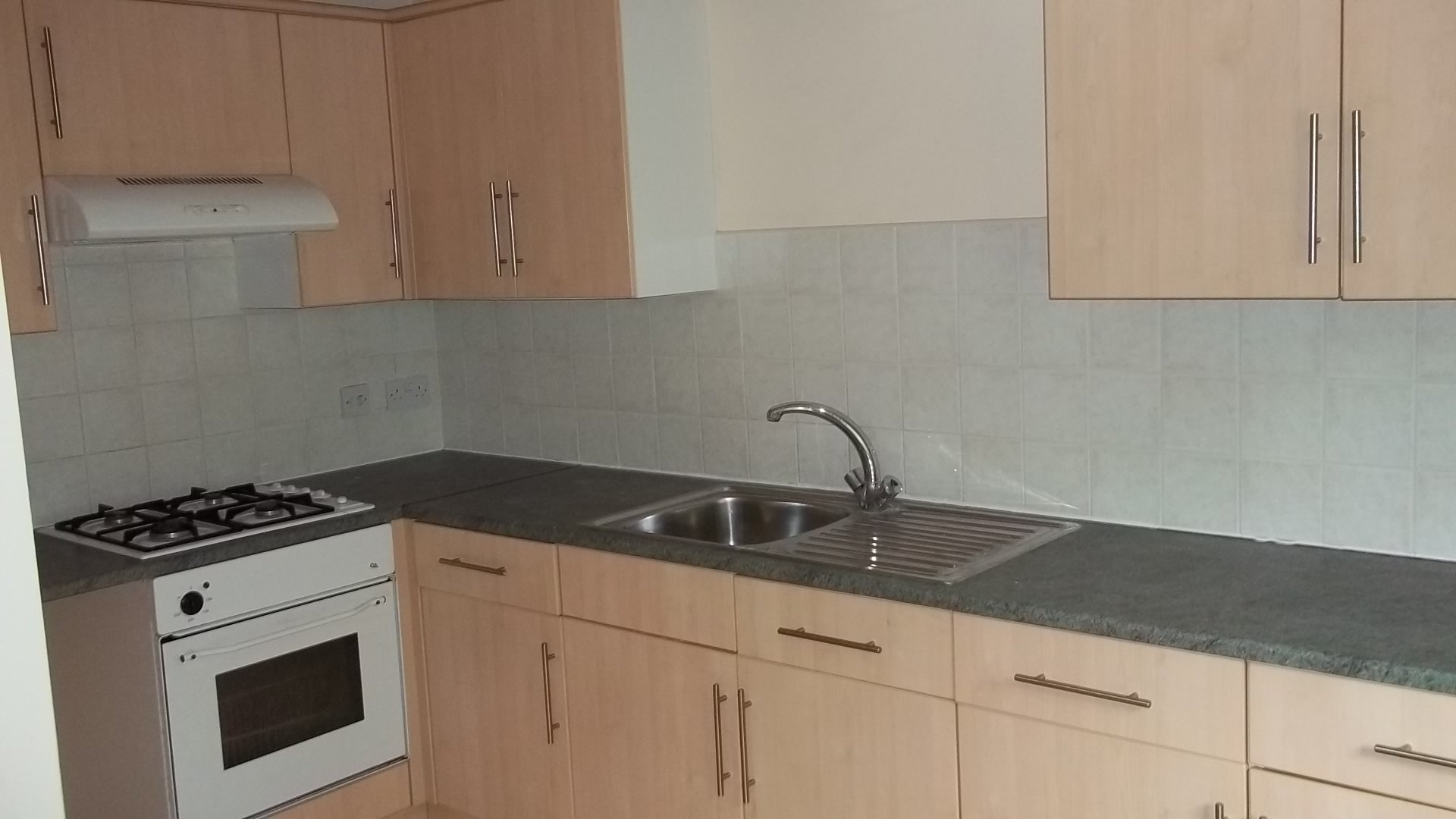 1 bed flat to rent allandale road leicester le2 2da 1 bedroom unfurnished flat to rent on allandale road leicester leicestershire le2 by sciox Gallery