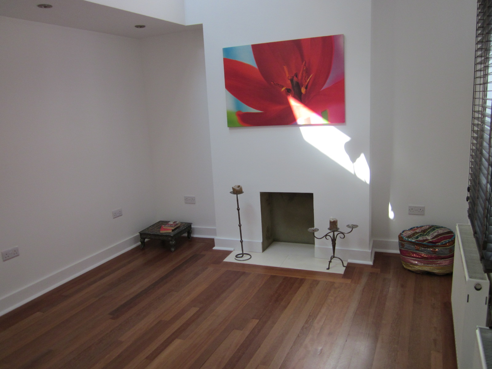 bedroom unfurnished maisonette to rent on thorparch road london