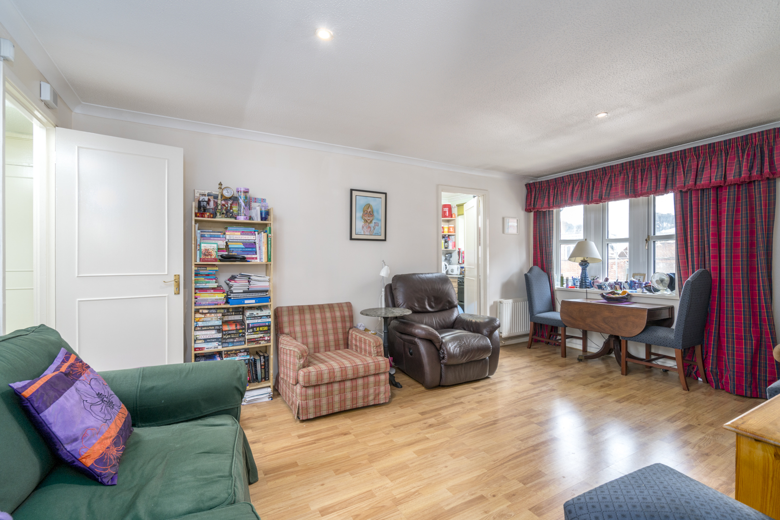 bedroom furnished flat to rent on theatre street london sw11 by