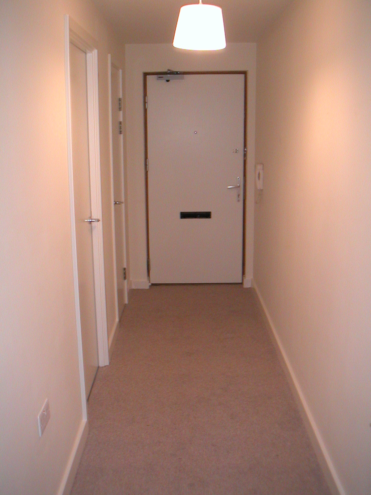1 Bed Flat To Rent Market Link Romford Rm1 1xn