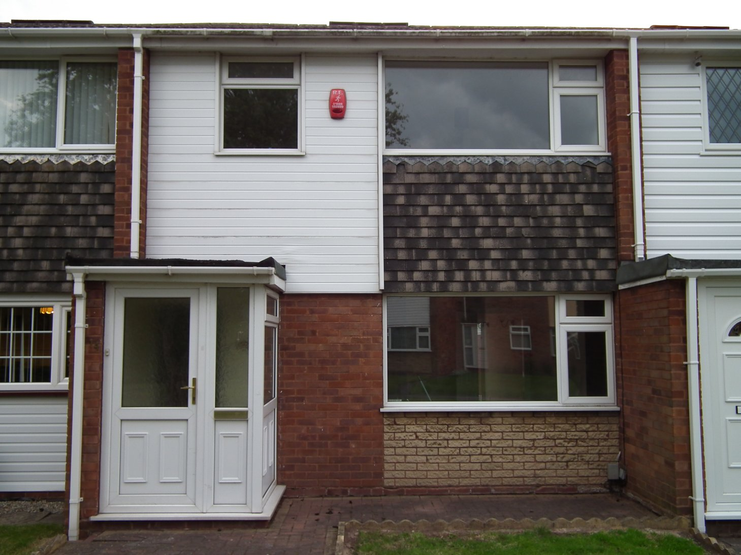 3 Bedroom Unfurnished House To Rent On Swallow Close, Rugeley, WS15 By Private  Landlord