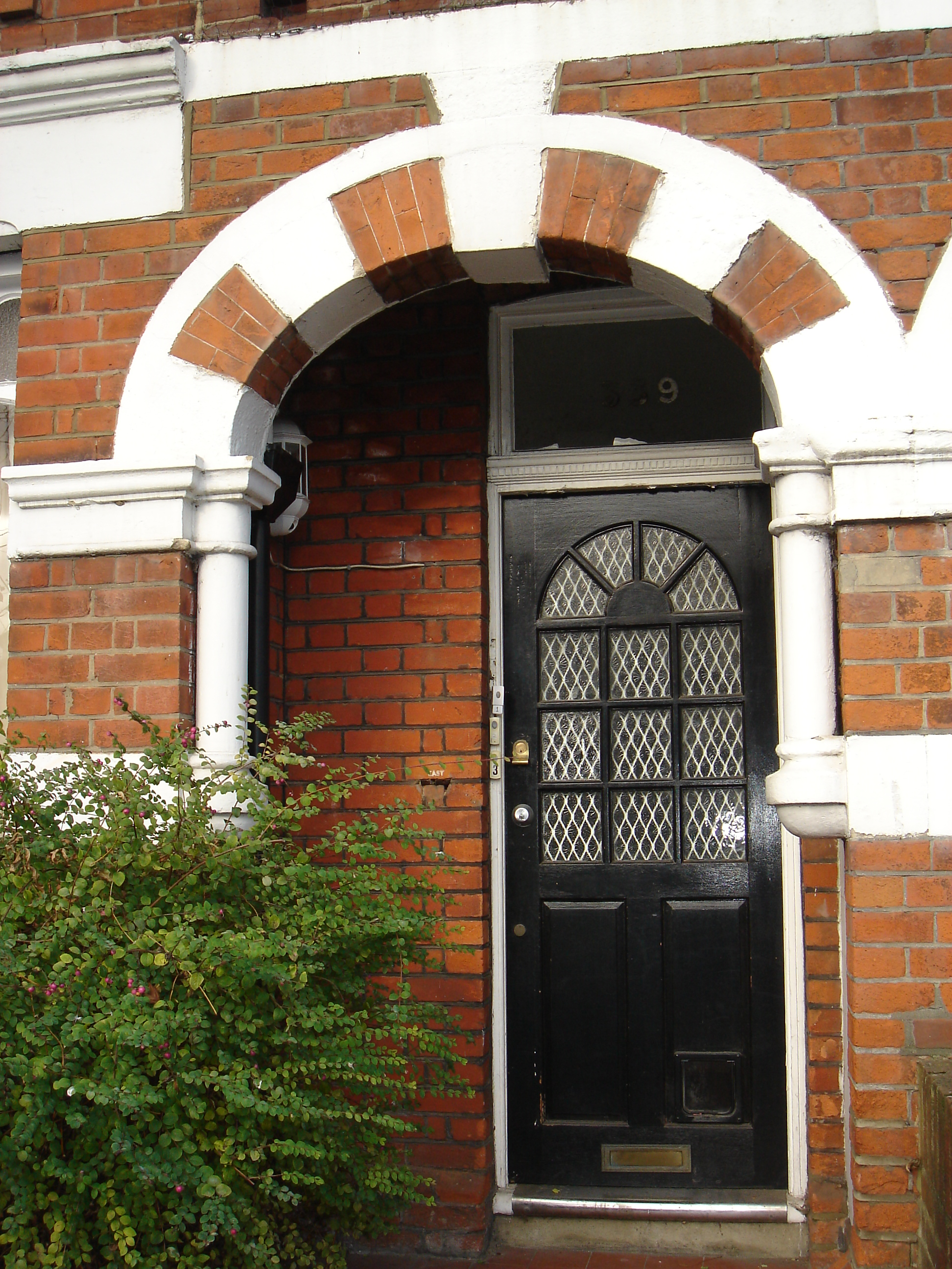 1 bedroom Furnished Flat to rent on Kingston Road Wimbledon Chase SW20 by private & 1 Bed Flat to Rent - Kingston Road Wimbledon Chase SW20 8JX
