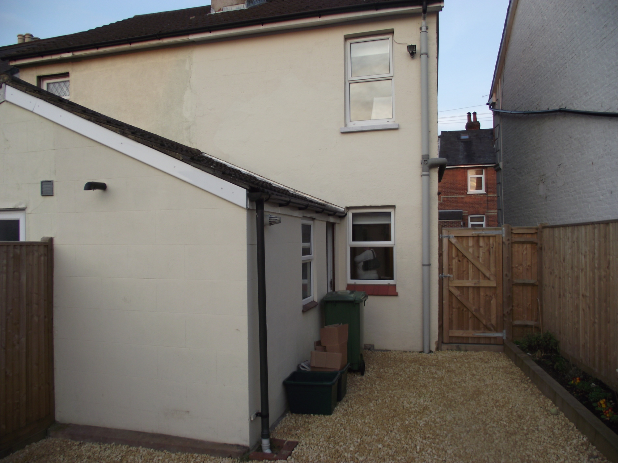 bedroom unfurnished semi detached to rent on vernon road tunbridge