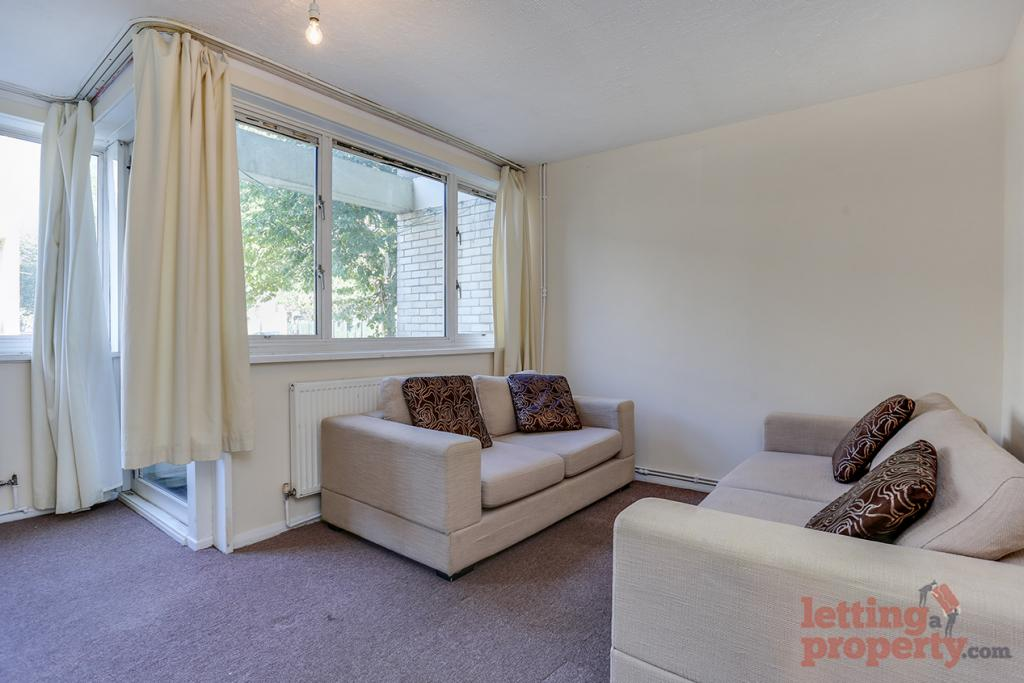 4 Bed Flat/Apartment - Maisonette to Rent - Smithy Street ...