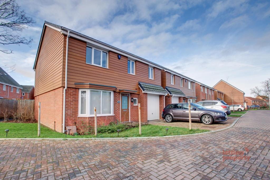 4 Bed House - Detached to Rent - Fourier Grove, Dartford ...