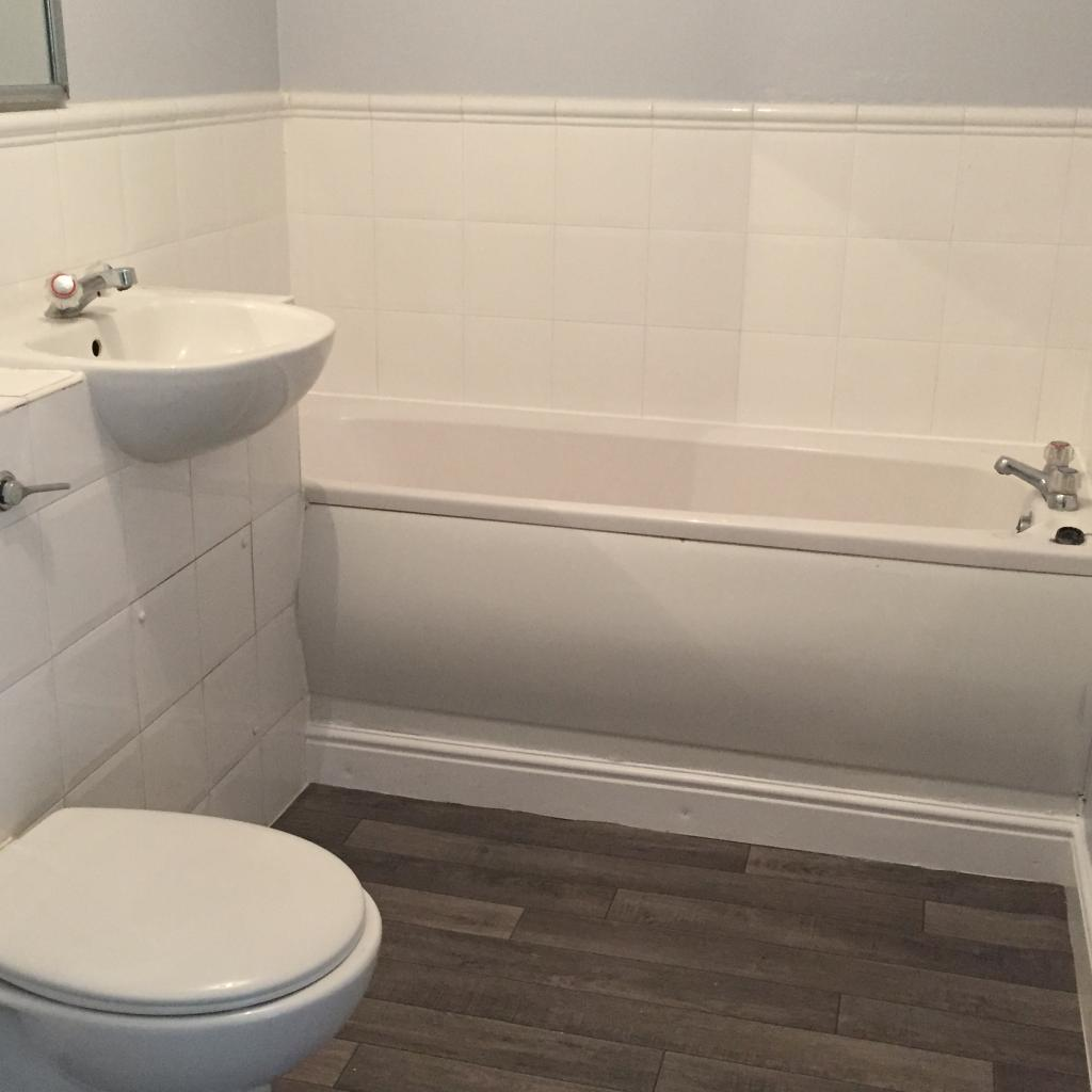 Two Bedroom Apartments London: Thyme Close, London, SE3 9QW