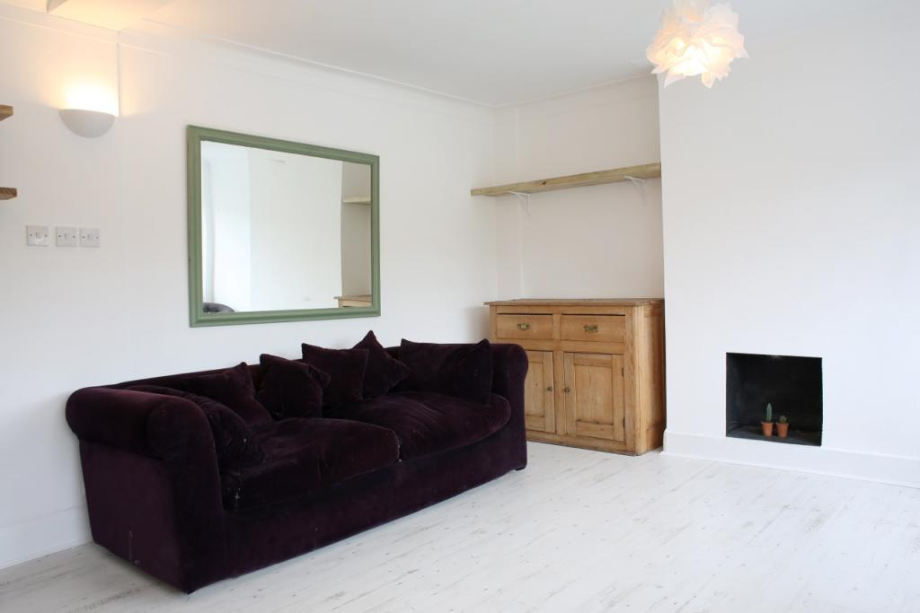 2 Bed Flat To Rent Fairfield Street London Sw18 1dz