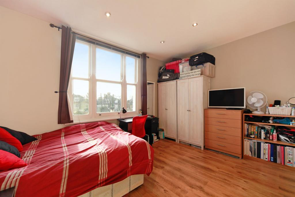 1 Bed Flat/Apartment - Studio to Rent - Telford Avenue ...