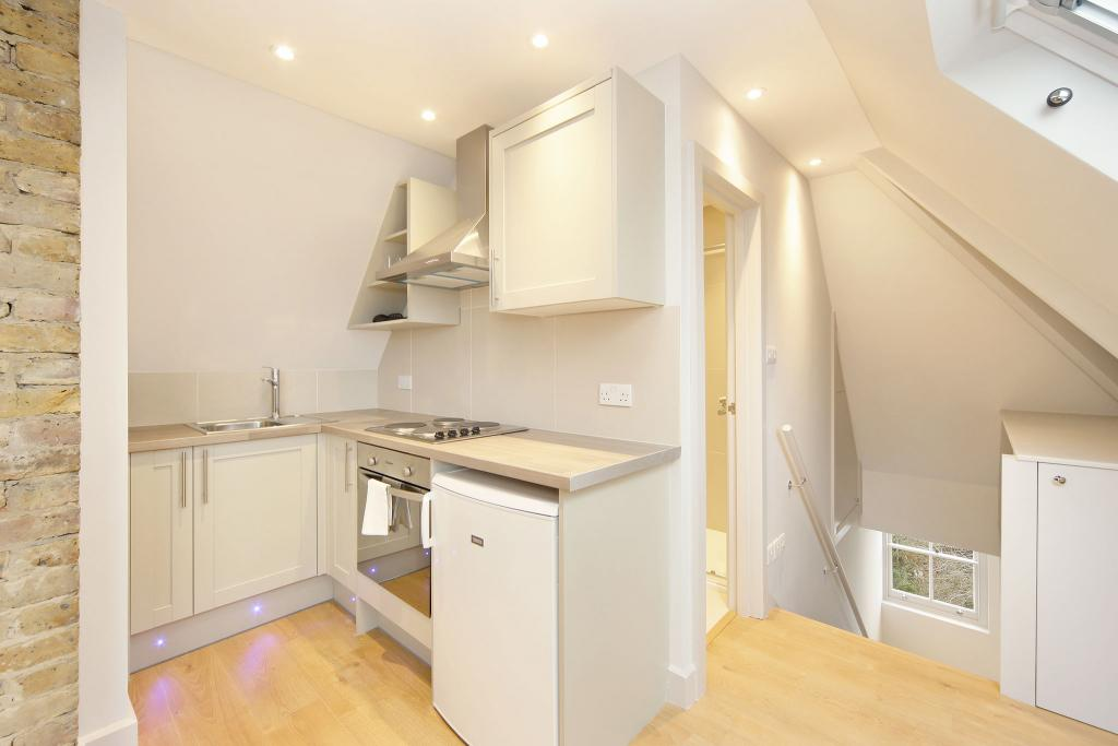 bedroom furnished apartment to rent on anerley road london se20 by