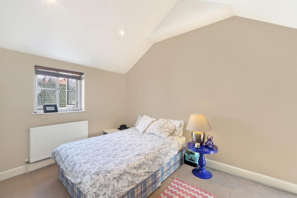 1 Bed Flat to Rent - North End Road, London, W14 8SZ