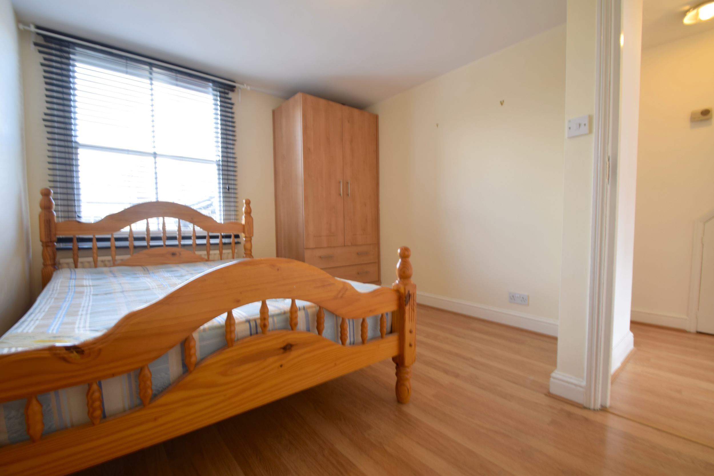 4 bed flat apartment maisonette to rent rita road 4 bedroom maisonette