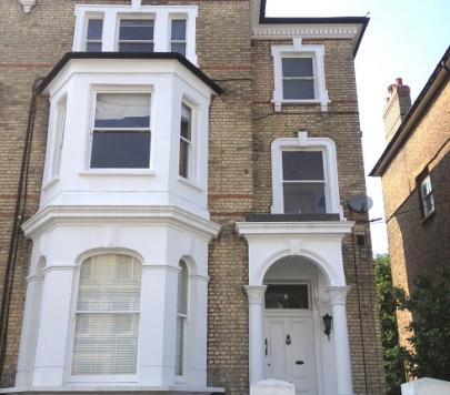 2 bedroom Part-Furnished Flat to rent on St Philips Road, Surbiton, KT6 by private landlord