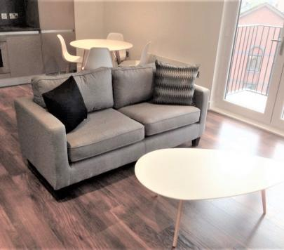 2 bedroom Furnished Apartment to rent on Ordsall Lane, Manchester, M5 by private landlord