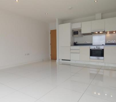 1 bedroom Unfurnished Flat to rent on Lodge Lane, London, N12 by private landlord