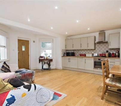 1 bedroom Any Apartment to rent on Ewell Road, Surbiton, KT6 by private landlord