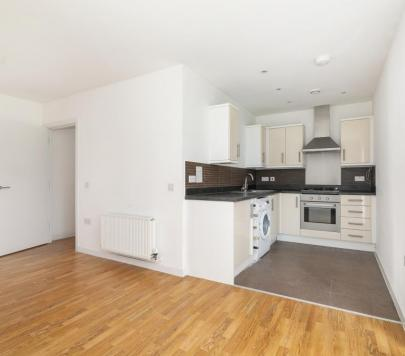 1 bedroom Unfurnished Flat to rent on 4 Velocity Way, Enfield, EN3 by private landlord