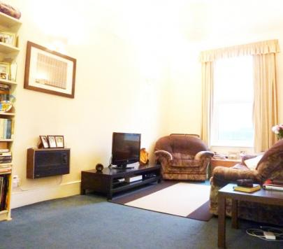 1 bedroom Part-Furnished Flat to rent on Greyhound Road, London, W6 by private landlord
