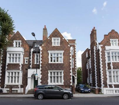 1 bedroom Furnished Studio to rent on St Anns Villas, London, W11 by private landlord