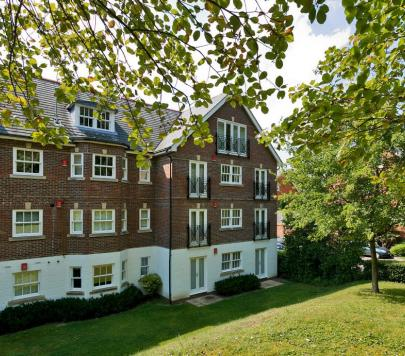 2 bedroom Unfurnished Ground Flat to rent on Sells Close, Guildford, GU1 by private landlord