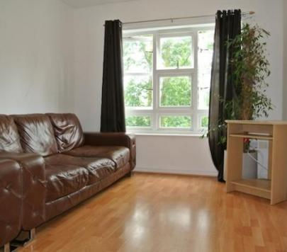 2 bedroom Any Flat to rent on Walnut Tree Close, Guildford, Surrey, GU1 by private landlord