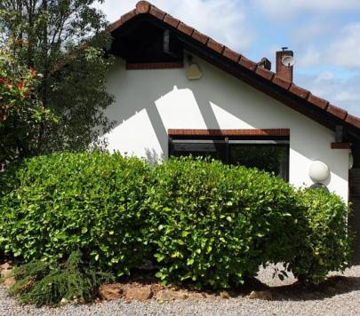 3 bedroom Unfurnished Detached Bungalow to rent on Cog Road, Penarth, CF64 by private landlord