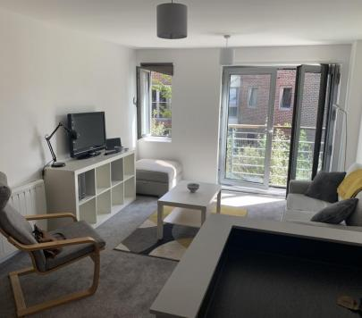 1 bedroom Furnished Apartment to rent on Bonfire Corner, Portsmouth, PO1 by private landlord