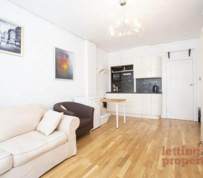 1 bedroom Furnished Studio to rent on Woburn Place, London, WC1H by private landlord