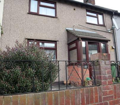 2 bedroom Furnished Terraced to rent on Sutton Road, Barking, IG11 by private landlord