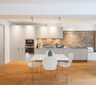 1 bedroom Part-Furnished Apartment to rent on Lancaster Gate, London, W2 by private landlord