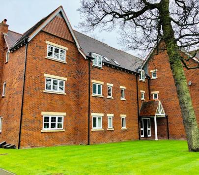 2 bedroom Furnished Ground Flat to rent on Manor Park Close, Birmingham, B13 by private landlord