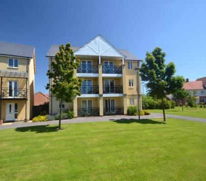 2 bedroom Furnished Flat to rent on Siskin Close, Bristol, BS20 by private landlord