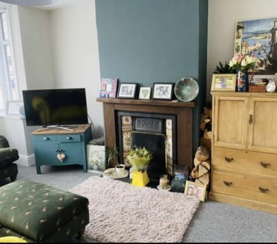3 bedroom Unfurnished Terraced to rent on Ashton drive, Bristol, Bs3 by private landlord