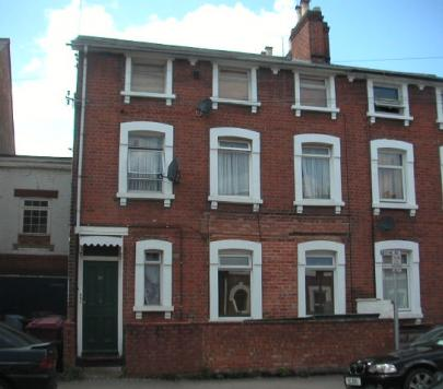 3 bedroom Any Ground Flat to rent on Waylen Street, Reading, RG1 by private landlord