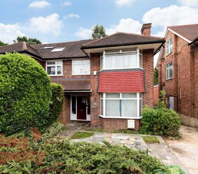 3 bedroom Any Semi-Detached to rent on Thornfield Avenue, London, NW7 by private landlord
