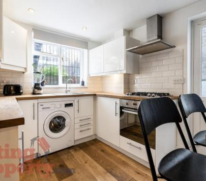 1 bedroom Furnished Apartment to rent on Cricketfield Road, London, E5 by private landlord