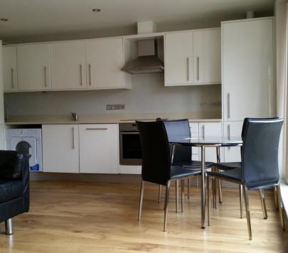 2 bedroom Part-Furnished Apartment to rent on Worple Road Mews, London, SW19 by private landlord