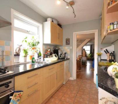4 Bedroom Any Town House To Rent On Victoria Road Cowes Isle Of Wight