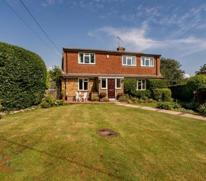 4 bedroom Unfurnished Detached to rent on Brindle Lane, Beaconsfield, HP9 by private landlord