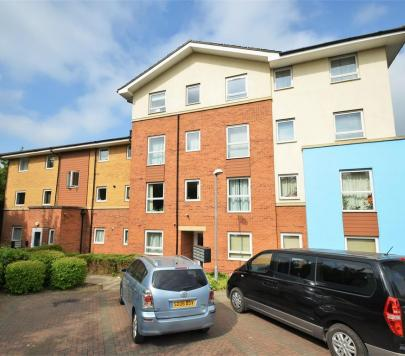2 bedroom Unfurnished Ground Flat to rent on Admiralty Close, West Drayton, hillingdon, UB7 by private landlord