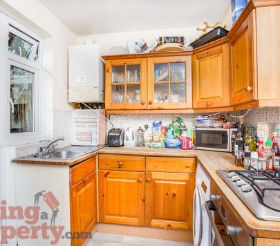 2 bedroom Furnished Ground Flat to rent on Bromfelde Road, London, SW4 by private landlord