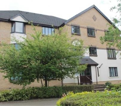 2 bedroom Unfurnished Apartment to rent on St. Annes Mount, Redhill, Surrey, RH1 by private landlord
